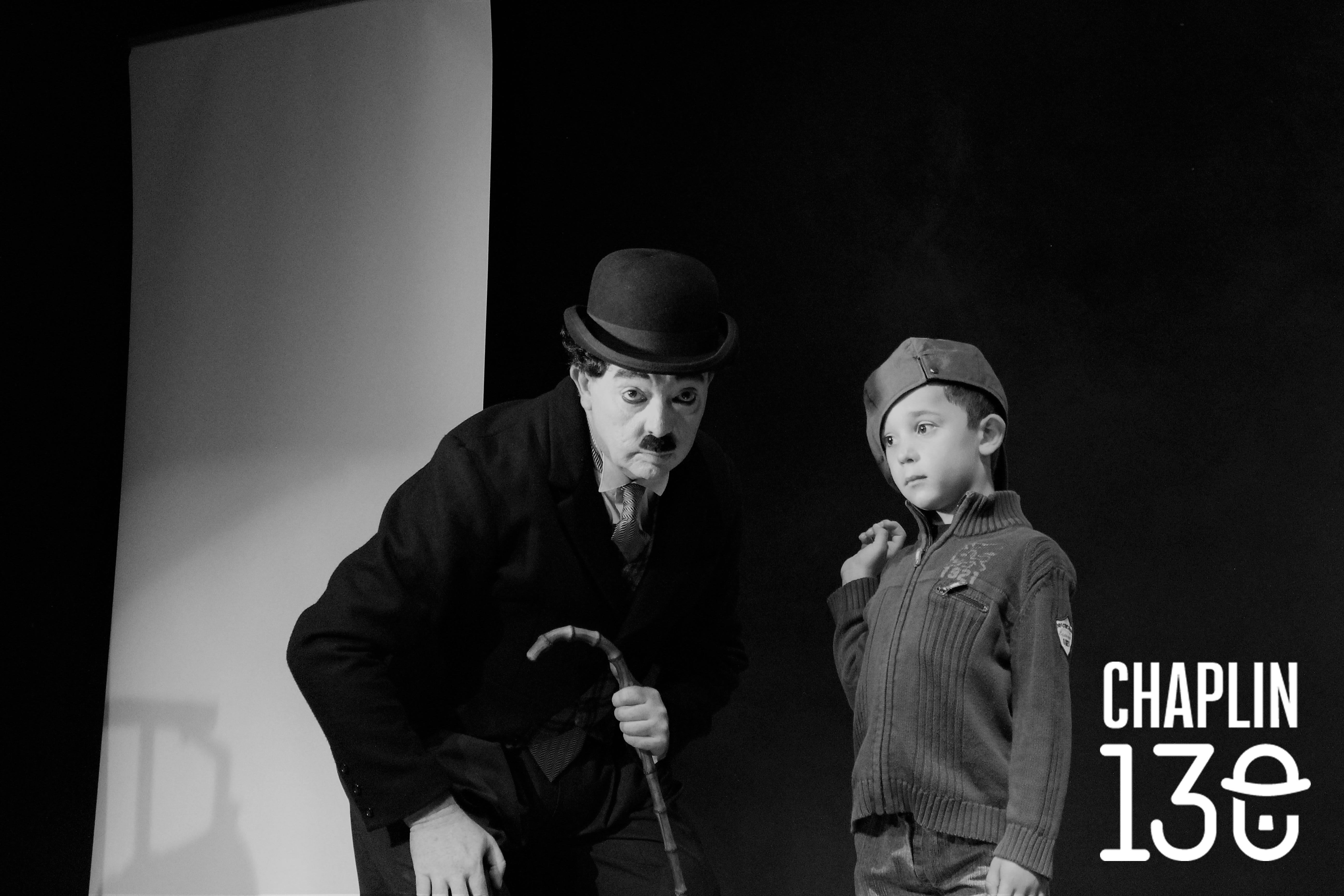 Soñando a Chaplin Jesús Puebla Teatro de Mimo
